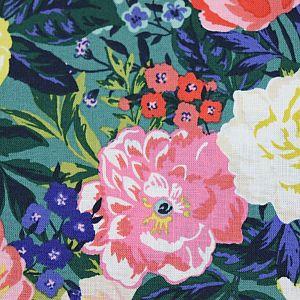 Bio Popeline Baumwollstoff Bouquet aus der Serie Perennial von Cloud9