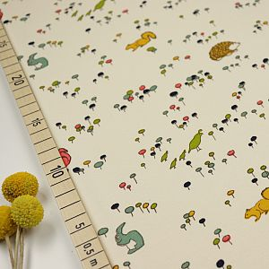 Bio Interlock Jersey Meadow Run weiß von Birch Fabrics