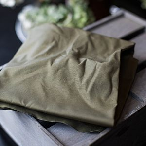 Dry Waxed Organic Cotton in khaki von mind the MAKER