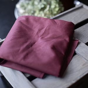 Dry Waxed Organic Cotton in wine red von mind the MAKER