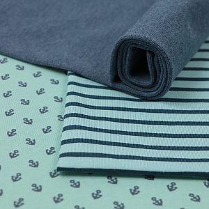 Bio Jersey Motiv Anchors von Stoffonkel in türkis mit dunkelblauen Ankern